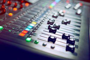 efectos de sonido en podcast